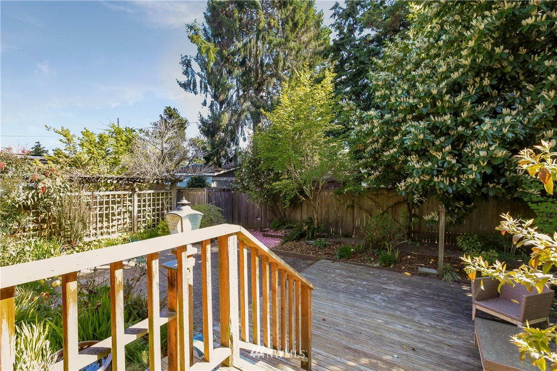Sold Property | 637 NW 84th Street Seattle, WA 98117 21