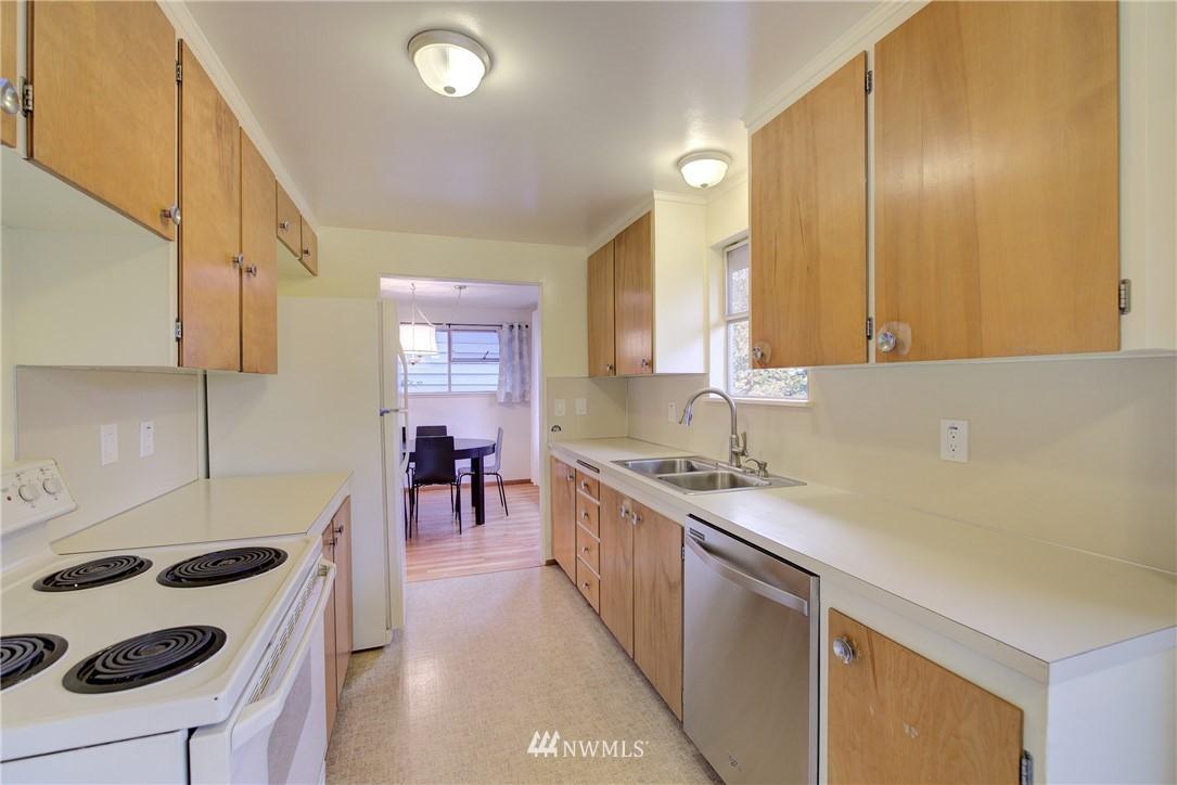 Sold Property   3816 NE 91st Street Seattle, WA 98115 4