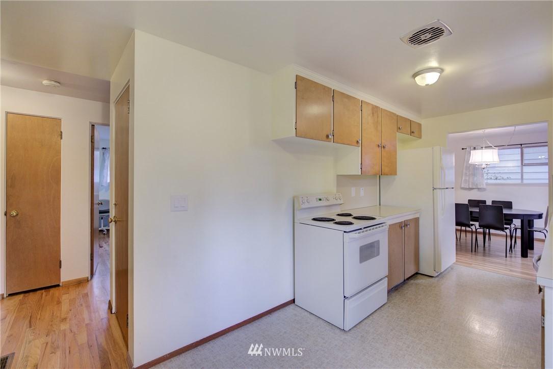 Sold Property   3816 NE 91st Street Seattle, WA 98115 6