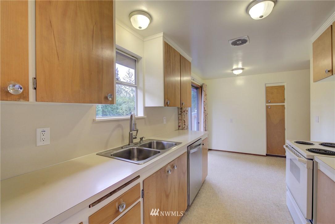 Sold Property   3816 NE 91st Street Seattle, WA 98115 7