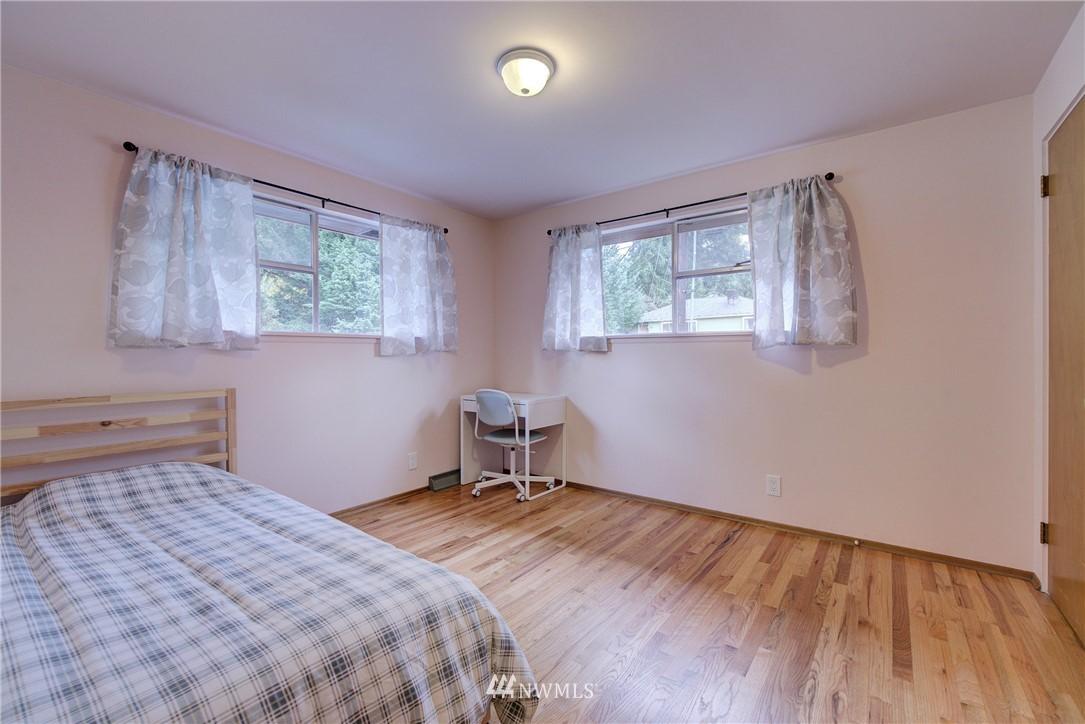Sold Property   3816 NE 91st Street Seattle, WA 98115 9