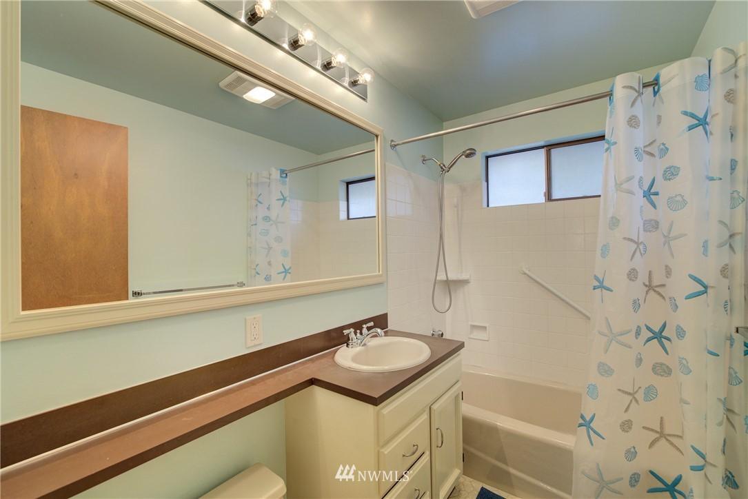 Sold Property   3816 NE 91st Street Seattle, WA 98115 11