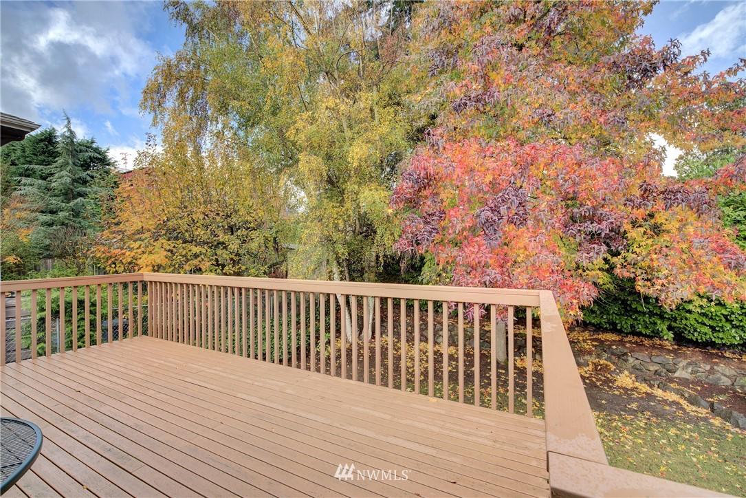 Sold Property   3816 NE 91st Street Seattle, WA 98115 20
