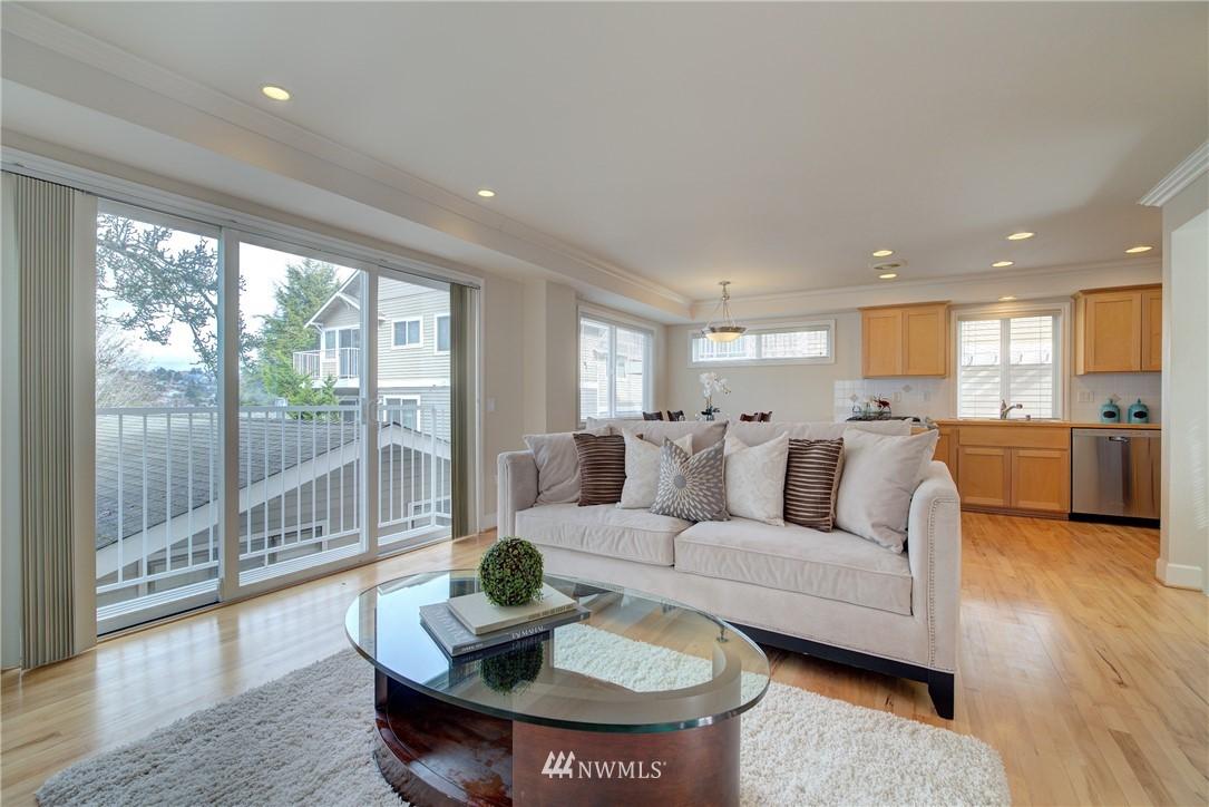Sold Property   659 W Emerson Street Seattle, WA 98119 4