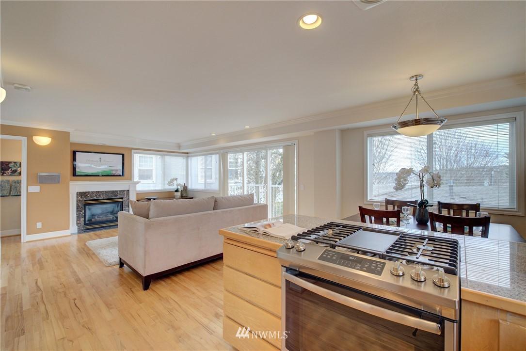 Sold Property   659 W Emerson Street Seattle, WA 98119 6