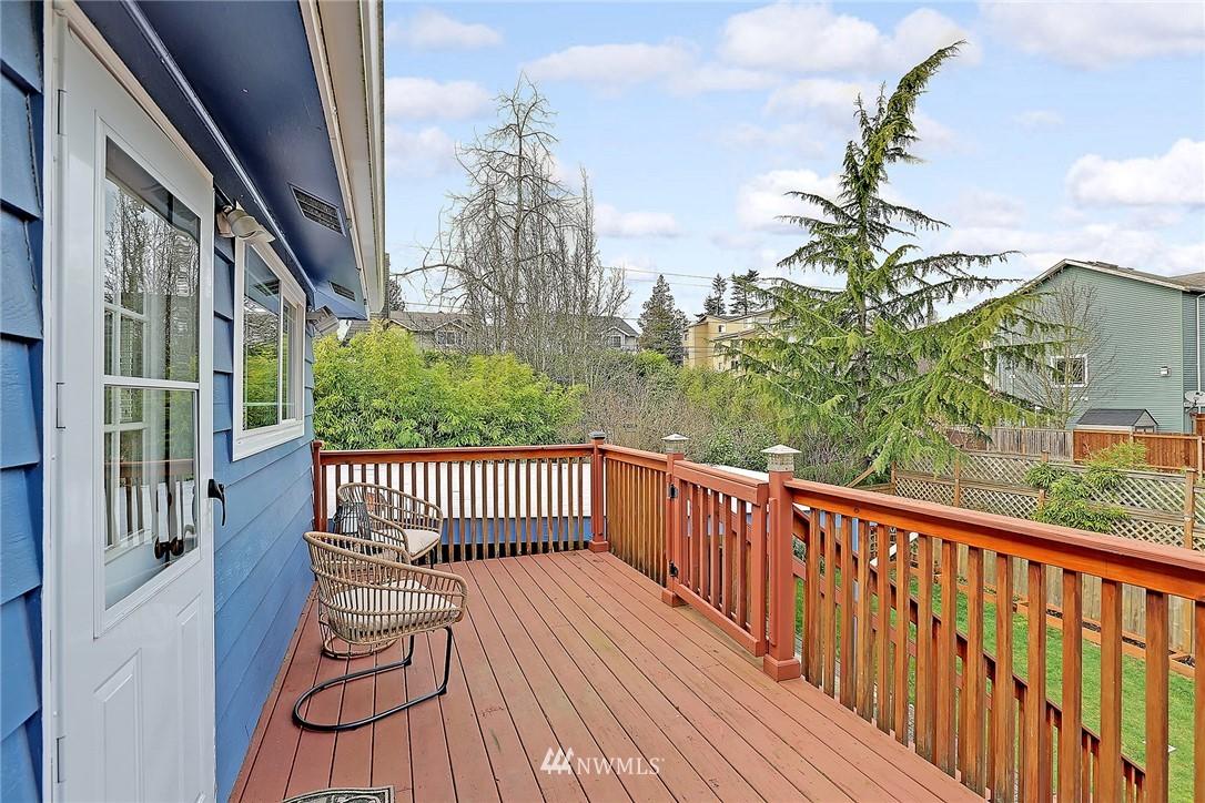 Sold Property | 906 N 93rd Street Seattle, WA 98103 19