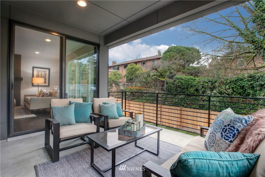 Sold Property   8232 Meridian Avenue N Seattle, WA 98103 10