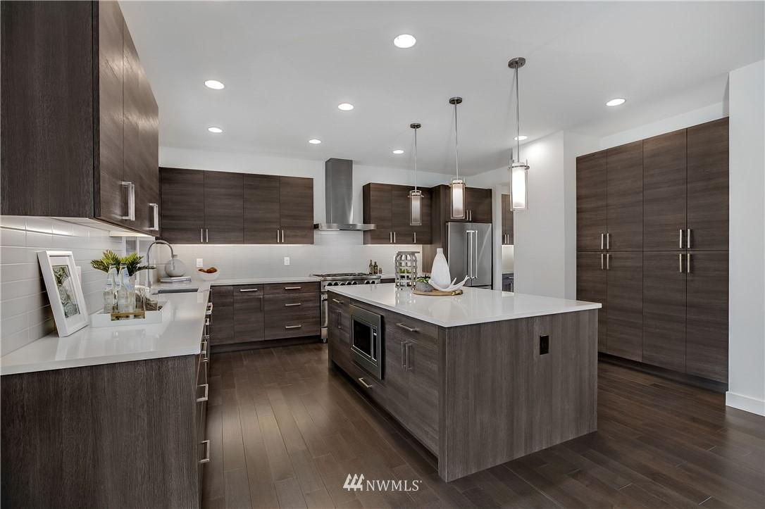 Sold Property   8232 Meridian Avenue N Seattle, WA 98103 6
