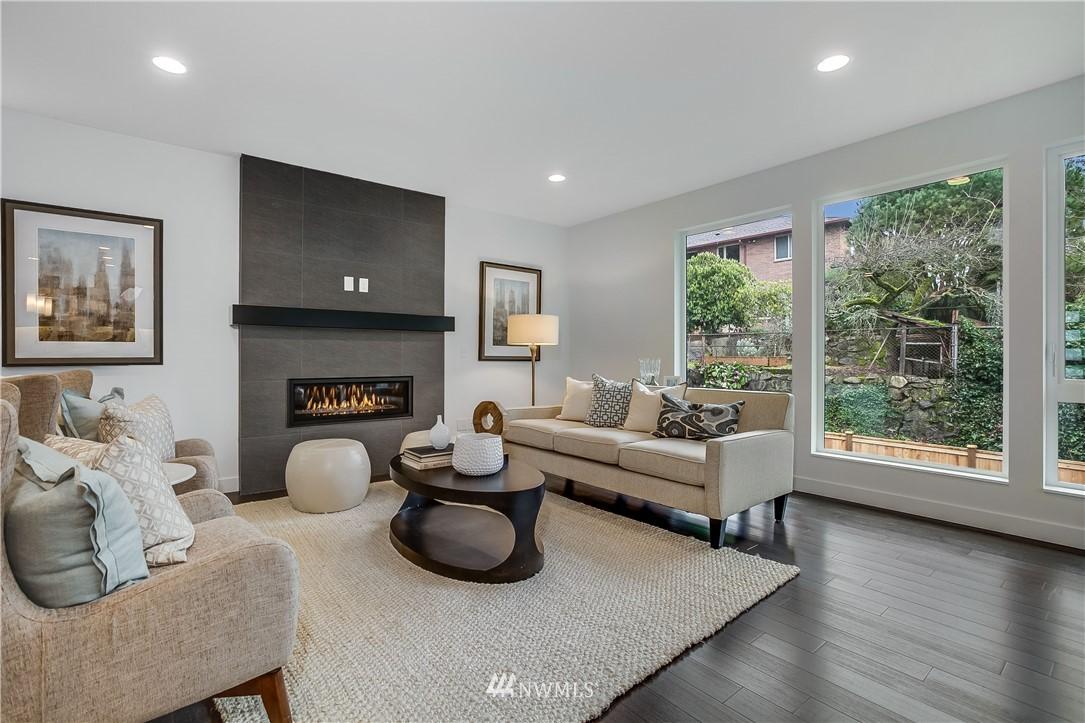 Sold Property   8232 Meridian Avenue N Seattle, WA 98103 7