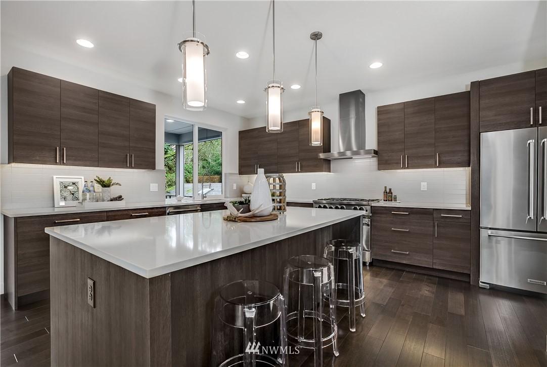 Sold Property   8232 Meridian Avenue N Seattle, WA 98103 5