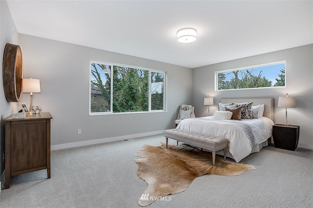 Sold Property   8232 Meridian Avenue N Seattle, WA 98103 13
