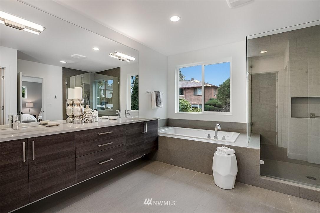 Sold Property   8232 Meridian Avenue N Seattle, WA 98103 14