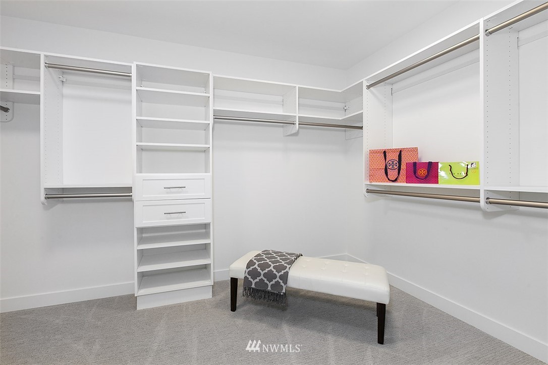 Sold Property   8232 Meridian Avenue N Seattle, WA 98103 15