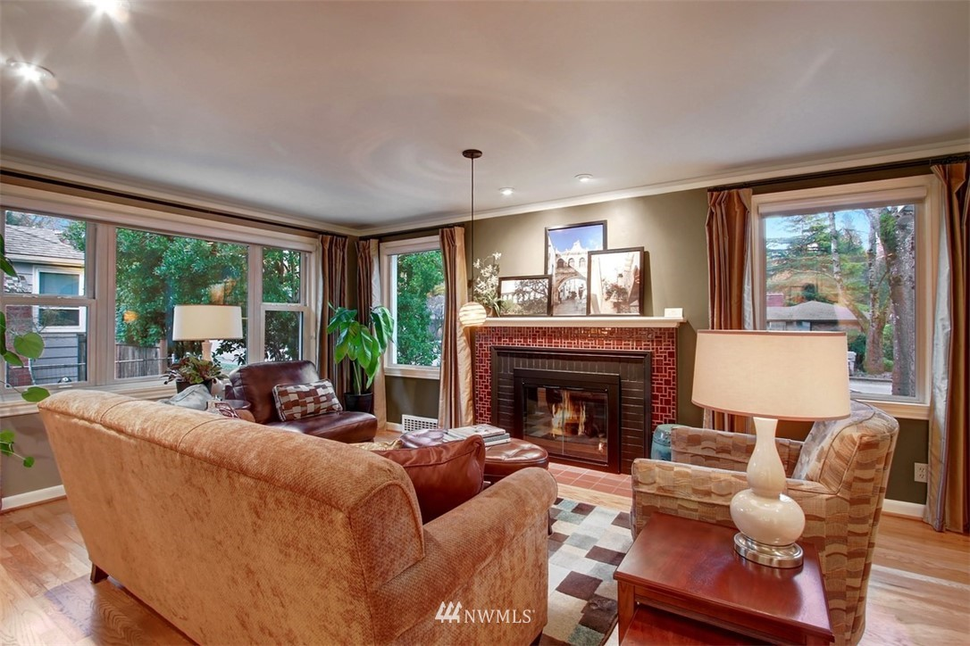 Sold Property | 11327 35th Avenue NE Seattle, WA 98125 2