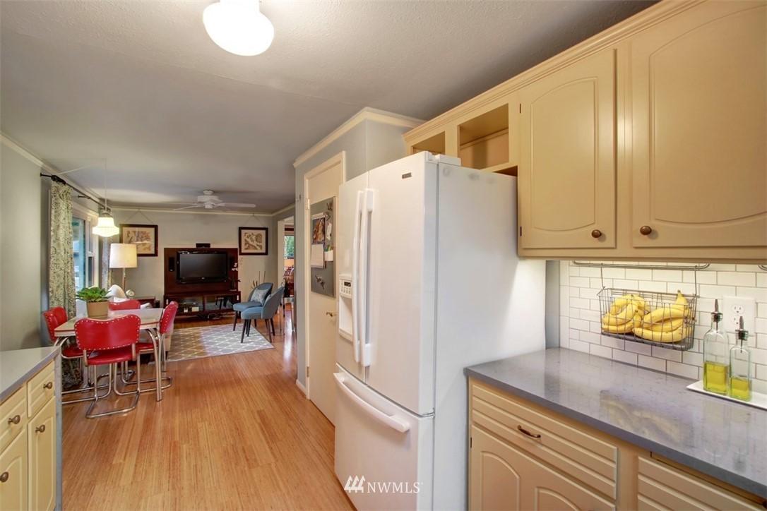 Sold Property | 11327 35th Avenue NE Seattle, WA 98125 6