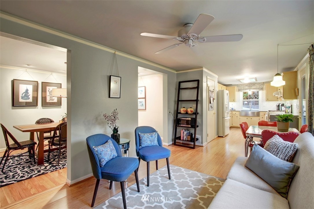 Sold Property | 11327 35th Avenue NE Seattle, WA 98125 8