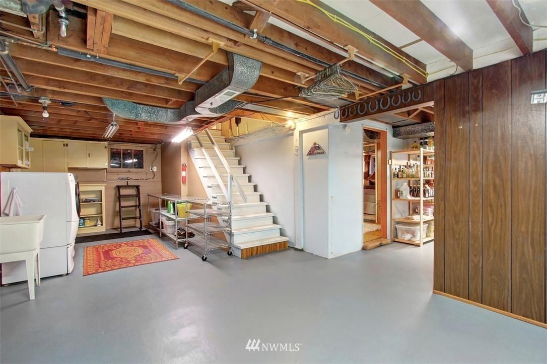 Sold Property | 11327 35th Avenue NE Seattle, WA 98125 19