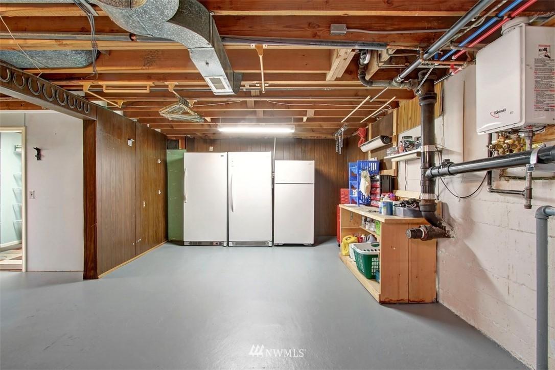 Sold Property | 11327 35th Avenue NE Seattle, WA 98125 20