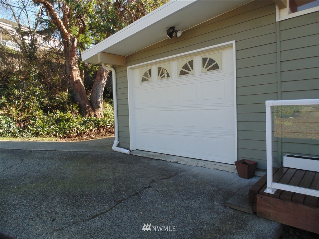 Sold Property   5120 Caledonia Road NE Tacoma, WA 98422 2