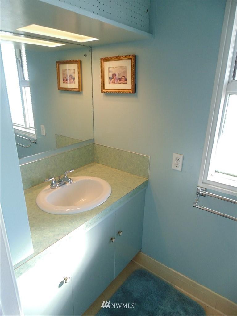 Sold Property   5120 Caledonia Road NE Tacoma, WA 98422 18