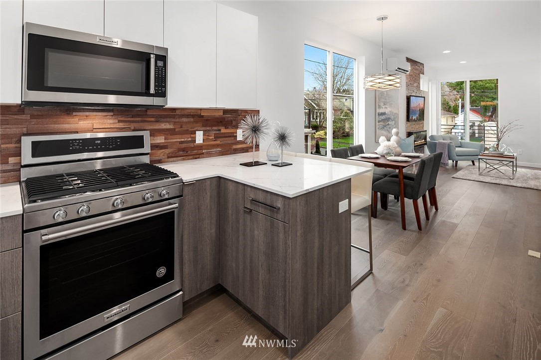 Sold Property | 6205 7th Avenue NW #C Seattle, WA 98107 10
