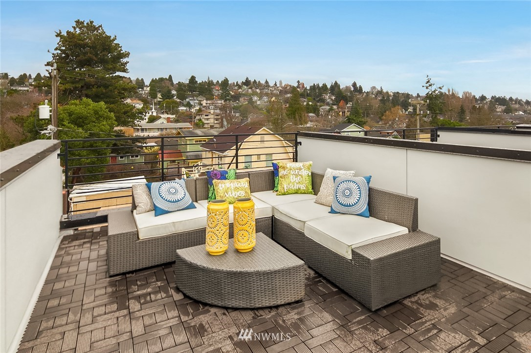 Sold Property | 6205 7th Avenue NW #C Seattle, WA 98107 19