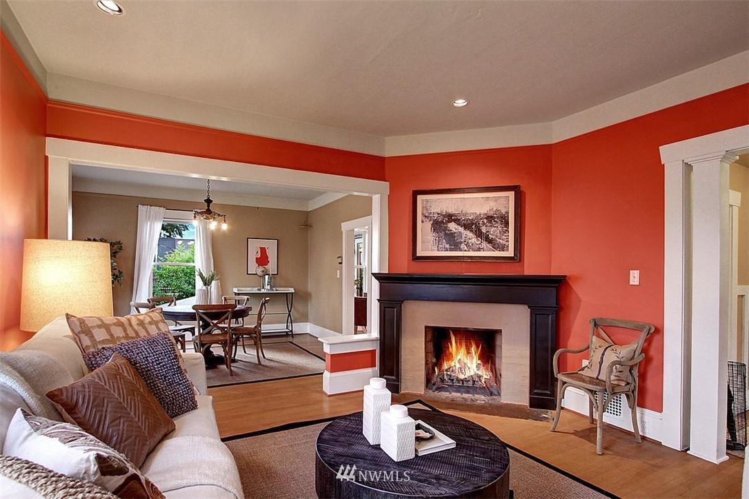 Sold Property | 6303 17th Avenue NE Seattle, WA 98115 4