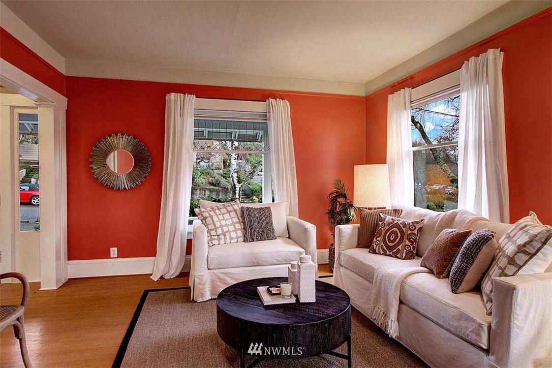 Sold Property | 6303 17th Avenue NE Seattle, WA 98115 5