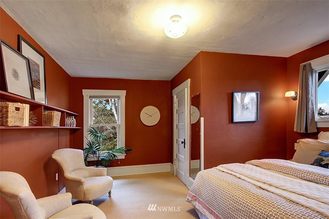Sold Property | 6303 17th Avenue NE Seattle, WA 98115 12