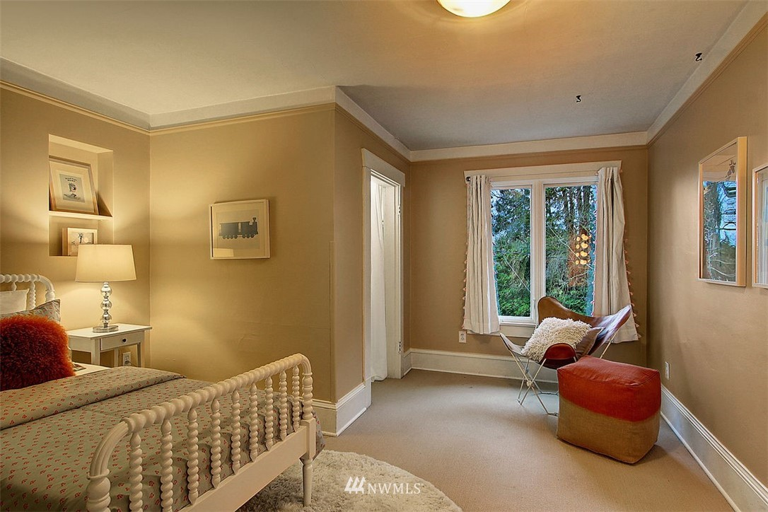 Sold Property | 6303 17th Avenue NE Seattle, WA 98115 15