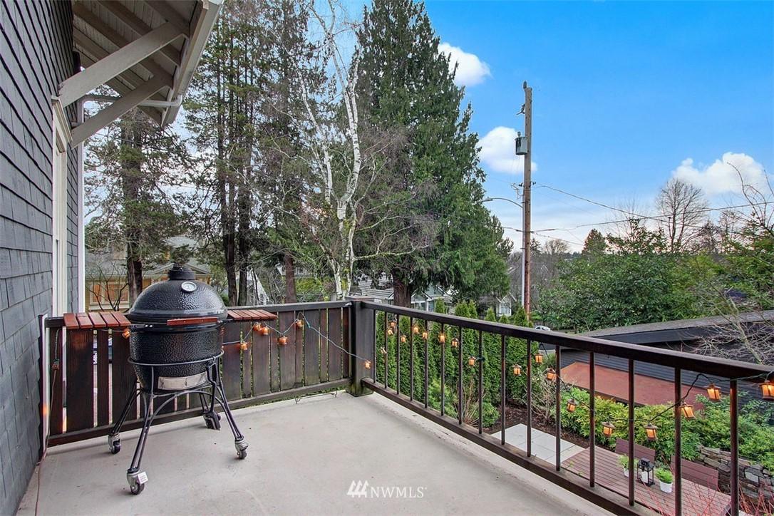 Sold Property | 6303 17th Avenue NE Seattle, WA 98115 18