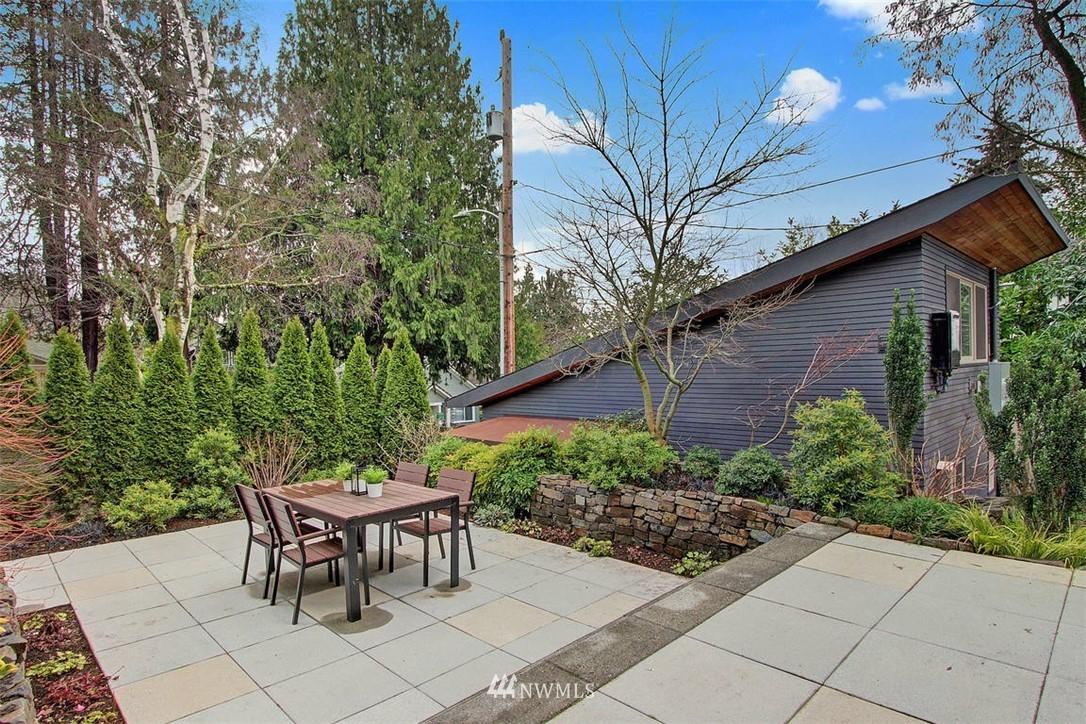 Sold Property | 6303 17th Avenue NE Seattle, WA 98115 20