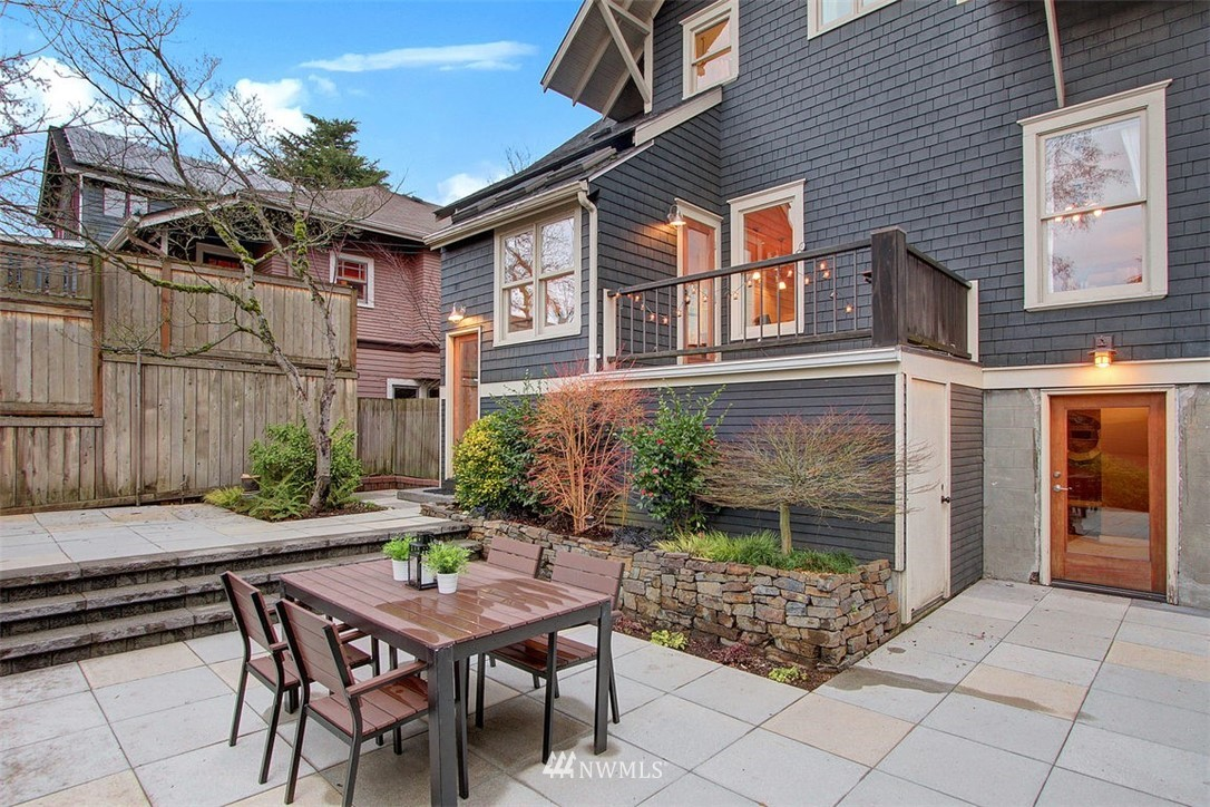 Sold Property | 6303 17th Avenue NE Seattle, WA 98115 19