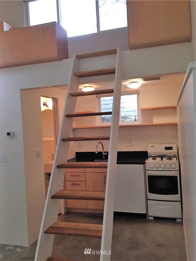 Sold Property | 6303 17th Avenue NE Seattle, WA 98115 22