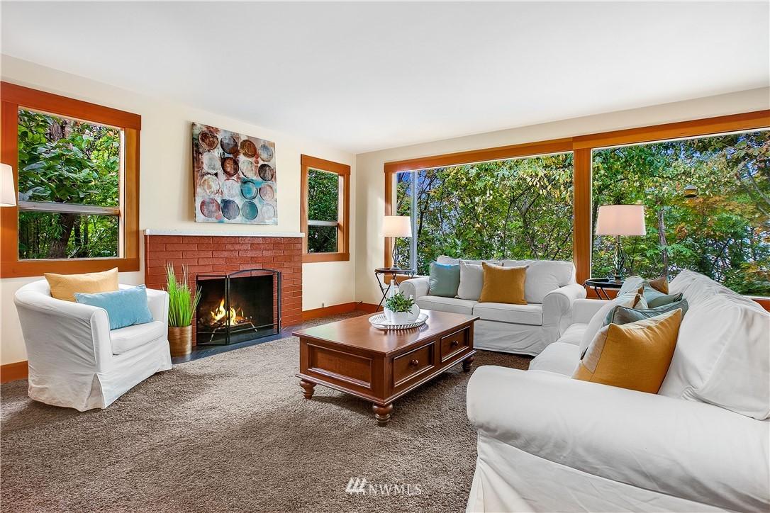 Sold Property | 1208 S Walker Street Seattle, WA 98144 3