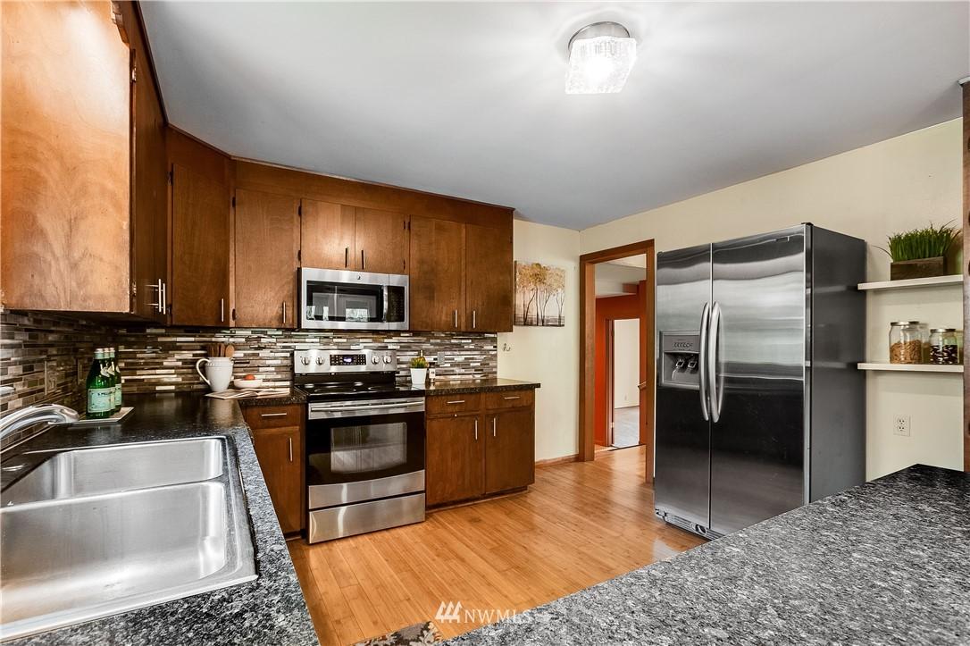 Sold Property | 1208 S Walker Street Seattle, WA 98144 6