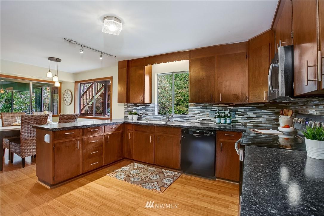 Sold Property | 1208 S Walker Street Seattle, WA 98144 7