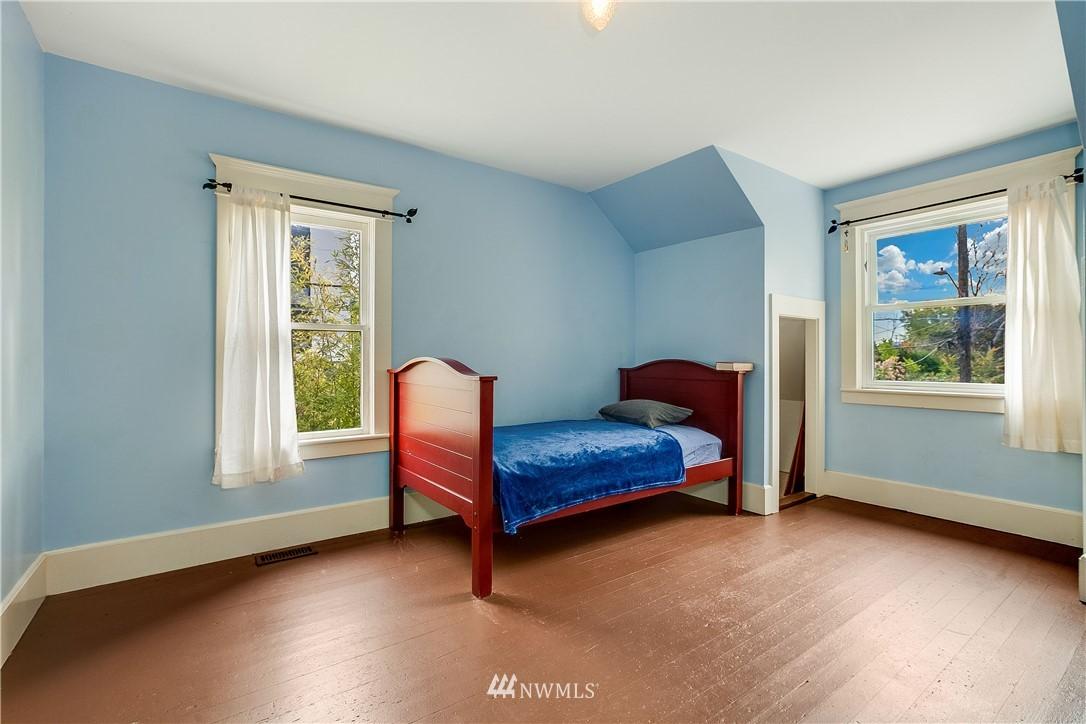 Sold Property | 1208 S Walker Street Seattle, WA 98144 13