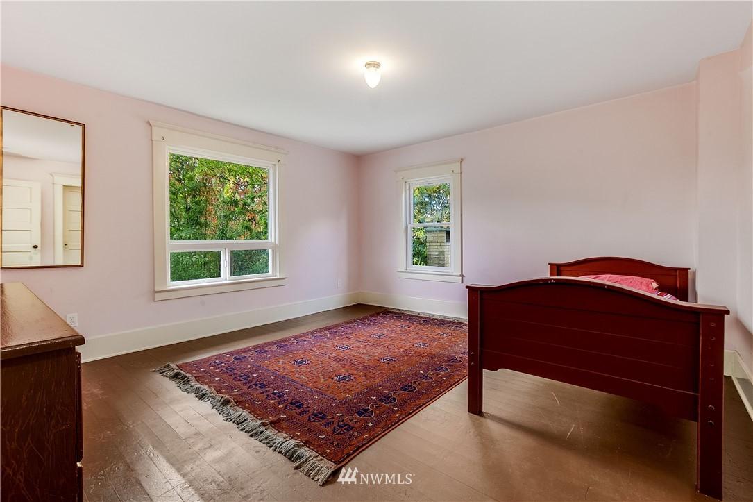 Sold Property | 1208 S Walker Street Seattle, WA 98144 15