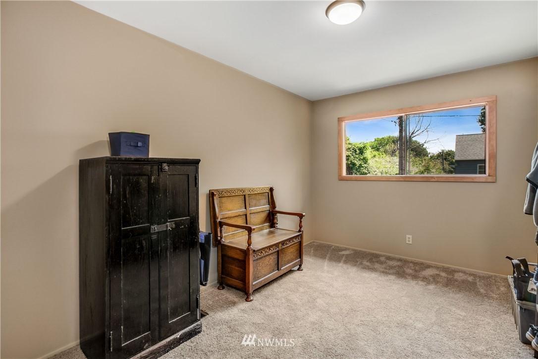 Sold Property | 1208 S Walker Street Seattle, WA 98144 11