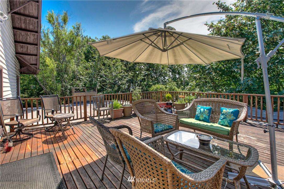 Sold Property | 1208 S Walker Street Seattle, WA 98144 17