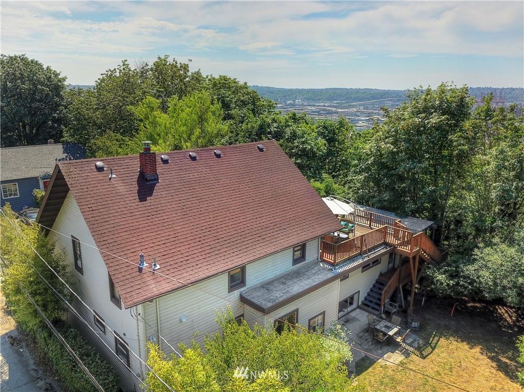 Sold Property | 1208 S Walker Street Seattle, WA 98144 19