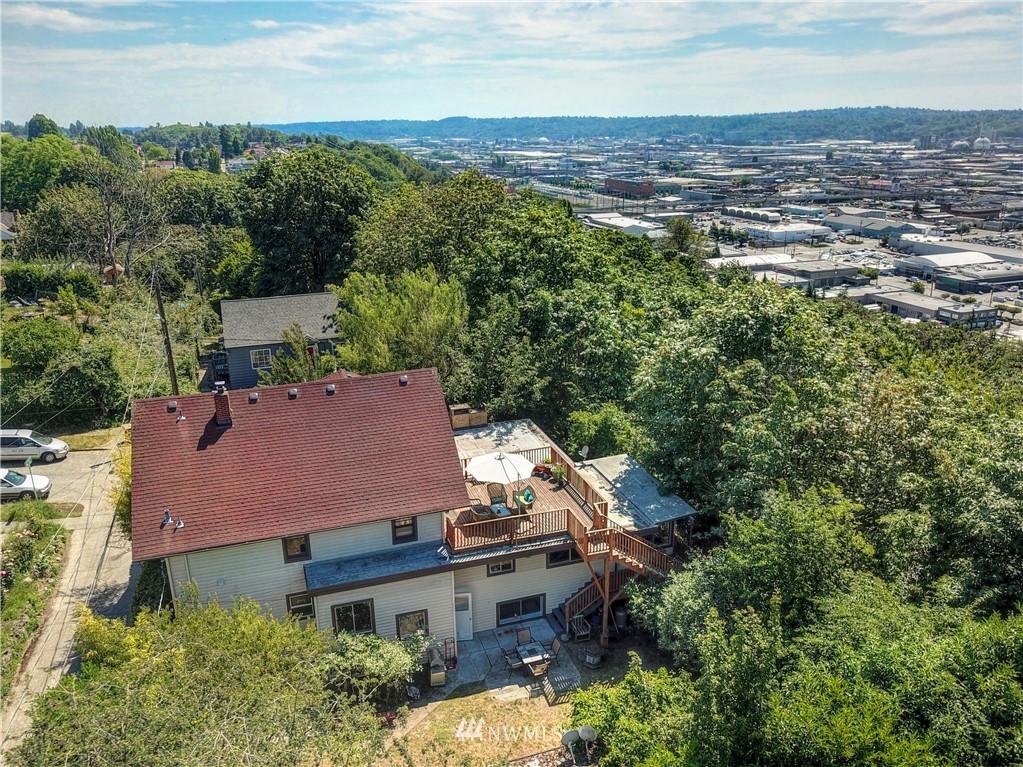 Sold Property | 1208 S Walker Street Seattle, WA 98144 20