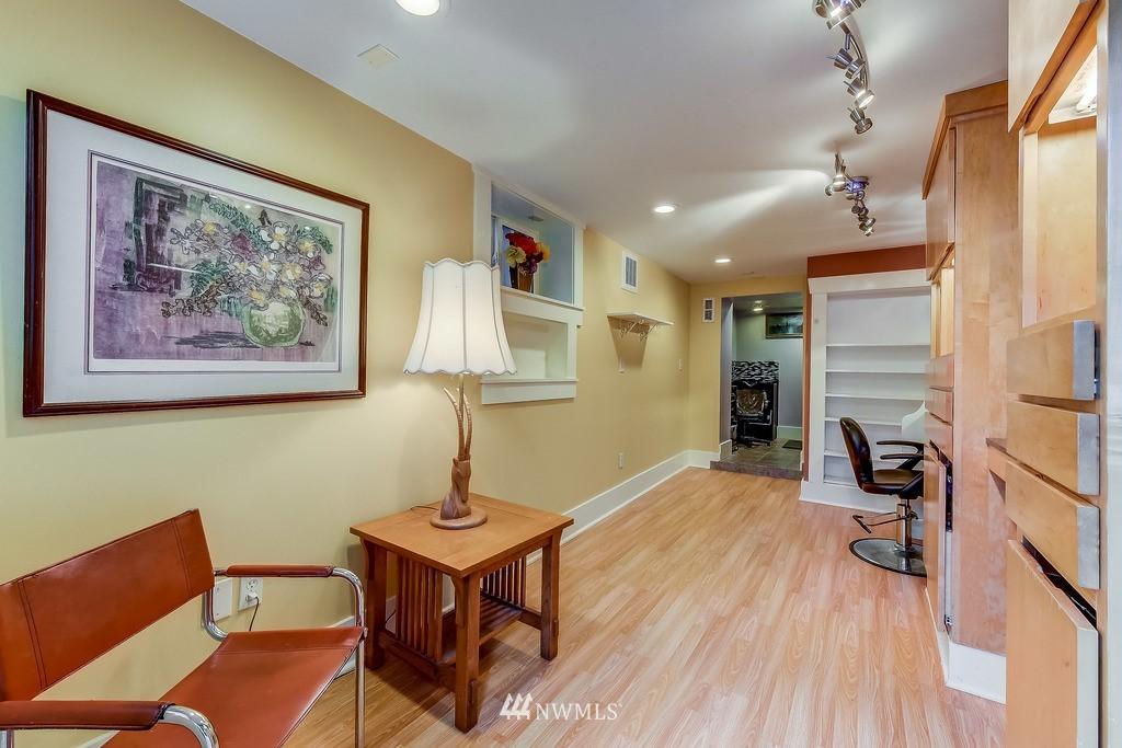 Sold Property | 7712 Dayton Avenue N Seattle, WA 98103 14
