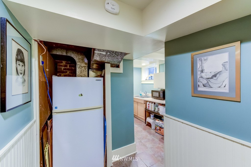 Sold Property | 7712 Dayton Avenue N Seattle, WA 98103 15