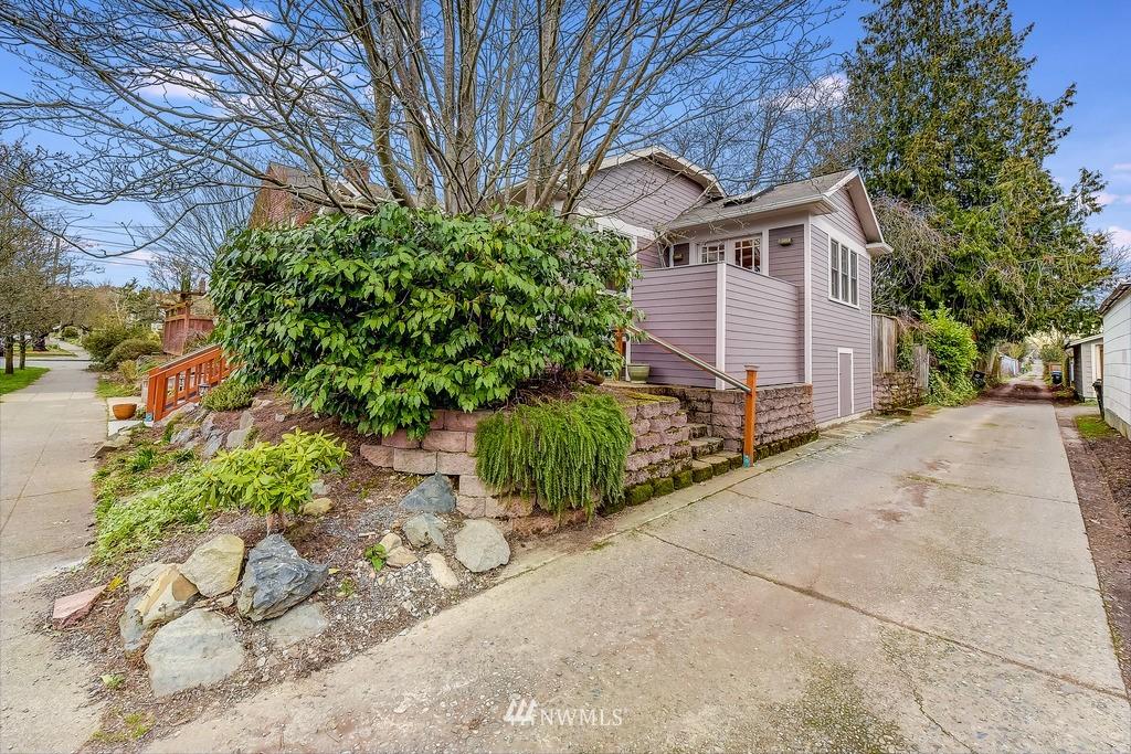 Sold Property | 7712 Dayton Avenue N Seattle, WA 98103 20