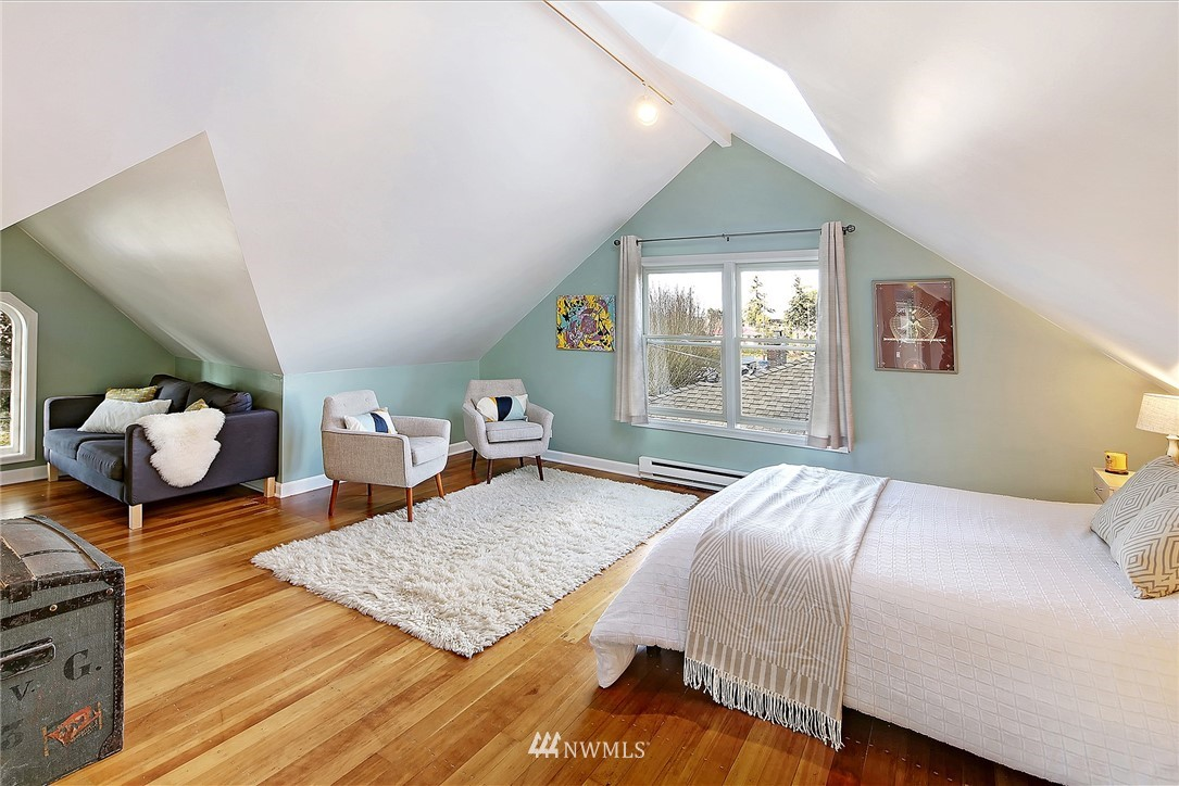 Sold Property   8326 19th Avenue NW Seattle, WA 98117 11