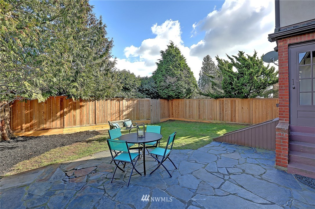 Sold Property   8326 19th Avenue NW Seattle, WA 98117 20