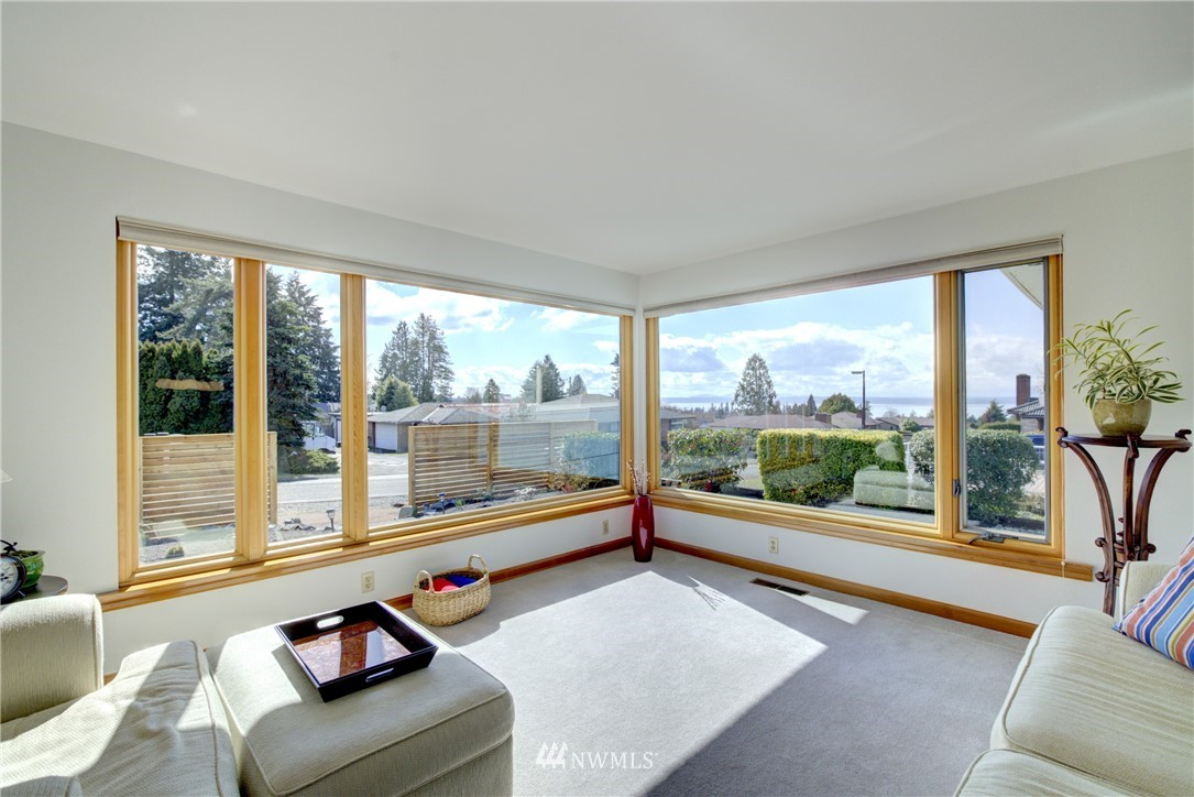 Sold Property   612 NW 125th Street Seattle, WA 98177 2