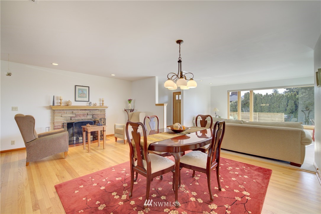 Sold Property   612 NW 125th Street Seattle, WA 98177 3